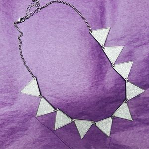 Silver statement necklace 💎